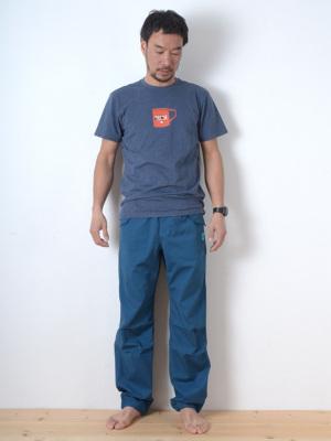 身長178cm(65kg)サイズM着用(日本のL相当)
